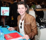 Damian at Forever 21 Autograph Signing