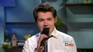 "Damian's Seattle  TV interview performing ""Little Things"""